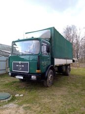 camion bâché MAN 19-361