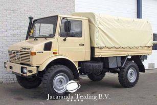 camion bâché MERCEDES-BENZ UNIMOG 1300