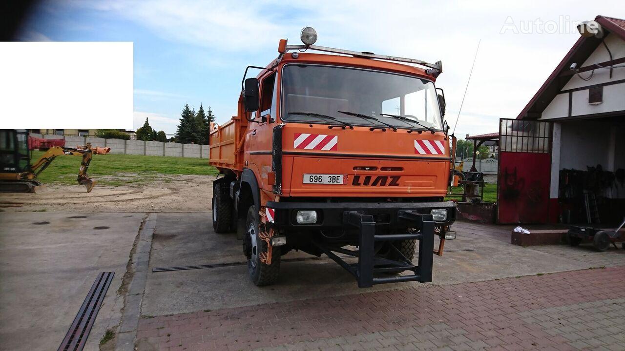 camion-benne LIAZ  Liaz VSV 6/4 L111,811 4x4 S/3