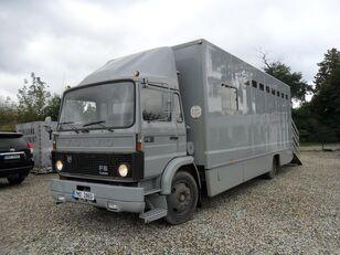 camion bétaillère VOLVO F612 pro přepravu koní