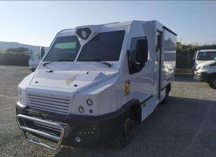 camion blindé IVECO Daily  70 C17