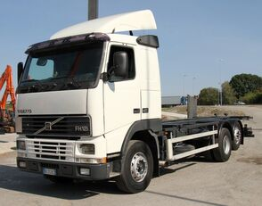 camion châssis VOLVO FH12-420