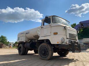 camion-citerne IFA L 60 1218 4x4 DSK
