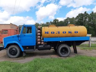 camion de lait ZIL 433362