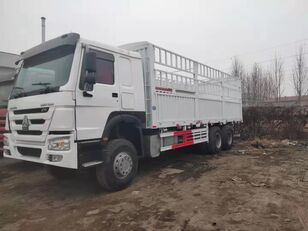 camion fourgon HOWO Cargo truck