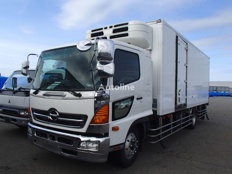 camion frigorifique HINO Renger