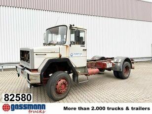 camion plateau IVECO 150-16
